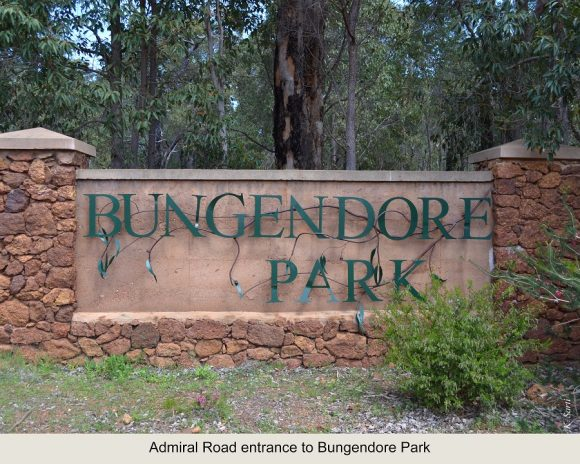 8 Admiral Road entrance to Bungendore Park 1
